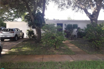 Home for Sale at 6941 NW 15th St, Plantation FL 33313