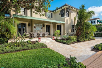 Home for Sale at 433 Isle Of Palms Dr, Fort Lauderdale FL 33301