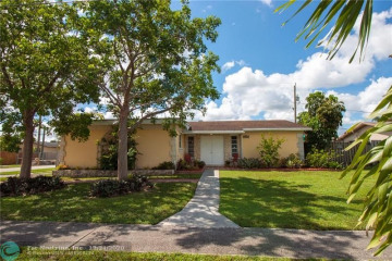 Home for Sale at 11510 NW 29th Mnr, Sunrise FL 33323