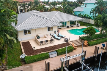 Home for Sale at 2328 NE 25th St, Lighthouse Point FL 33064