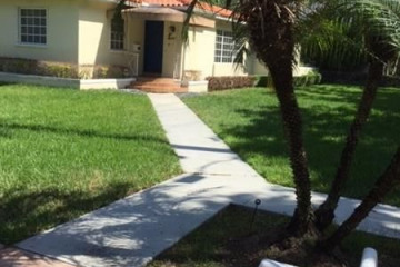 Home for Rent at 544 Giralda Ave, Coral Gables FL 33134