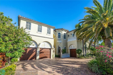 Home for Sale at 2831 NE 48th St, Lighthouse Point FL 33064
