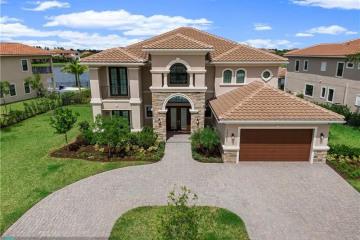 Home for Sale at 10363 S Barnsley Dr, Parkland FL 33076
