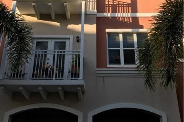 Home for Sale at 2365 Vintage Dr #2365, Lighthouse Point FL 33064