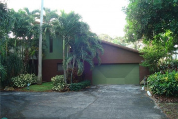 Home for Rent at 4024 S Cypress Dr, Pompano Beach FL 33069