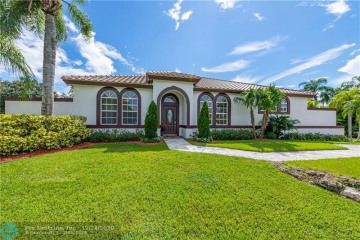 Home for Sale at 17330 SW 61 Ct, Southwest Ranches FL 33331