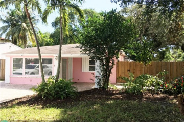 Home for Sale at 520 SW 13th St, Fort Lauderdale FL 33315