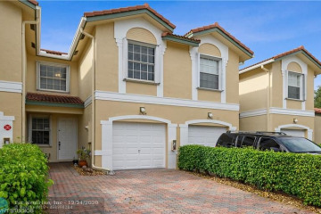 Home for Sale at 11764 NW 47th Dr, Coral Springs FL 33076