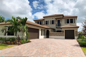 Home for Sale at 8840 Waterview Terrace, Parkland FL 33076