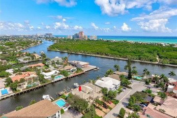Home for Sale at 2755 NE 15th St #2755, Fort Lauderdale FL 33304