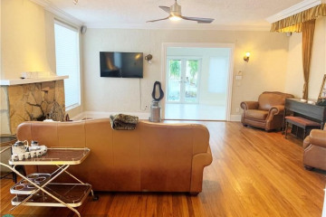 Home for Rent at 21 SE 11th Ave, Fort Lauderdale FL 33301