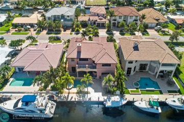Home for Sale at 2661 NE 48th St, Lighthouse Point FL 33064