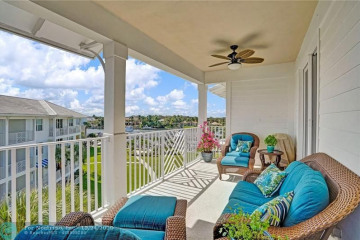 Home for Sale at 442 N Bay Colony Dr #442, Juno Beach FL 33408