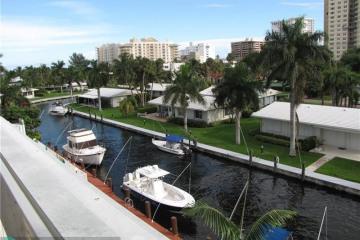 Home for Sale at 3210 SE 10th St #4C, Pompano Beach FL 33062