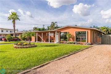 Home for Sale at 657 NW 30th Ct, Wilton Manors FL 33311
