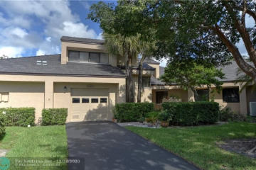 Home for Sale at 9383 Chelsea Dr N #9383, Plantation FL 33324