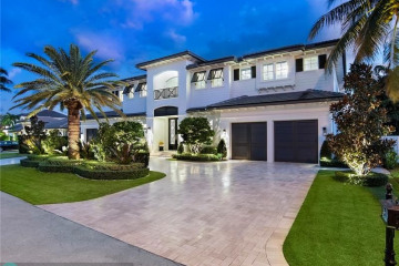 Home for Sale at 2430 NE 32 Ct, Lighthouse Point FL 33064