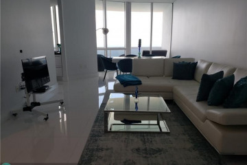 Home for Sale at 18201 Collins Ave #4809, Sunny Isles Beach FL 33160
