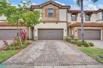 Home for Sale at 9633 Waterview Way, Parkland FL 33076