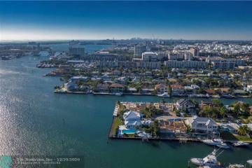 Home for Sale at 1719 SE 12th Ct, Fort Lauderdale FL 33316