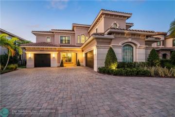 Home for Sale at 10223 Sweet Bay Mnr, Parkland FL 33076