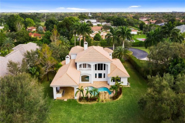 Home for Sale at 1021 NW 115th Ave, Plantation FL 33323