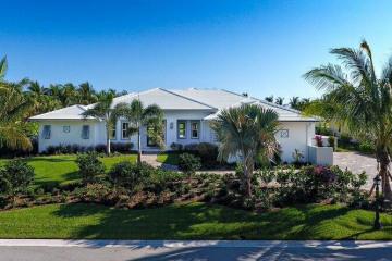 Home for Sale at 7031 SE Harbor Circle, Stuart FL 34996