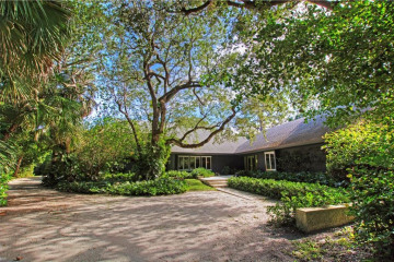 Home for Sale at 12101 SE Colby Avenue, Hobe Sound FL 33455