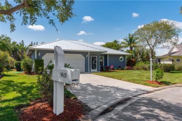 Home for Sale at 5413 SE Running Oak Circle, Stuart FL 34997