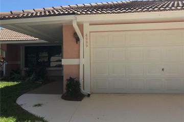 Home for Sale at 4999 Hanson Circle, Stuart FL 34997