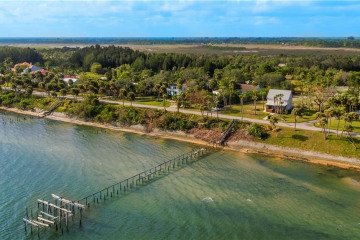 Home for Sale at 5300 S Indian River Drive, Fort Pierce FL 34982