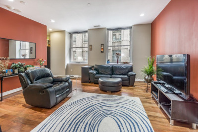 1600-18 Arch St #1704