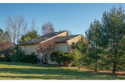 97 Uhlerstown Hill Rd