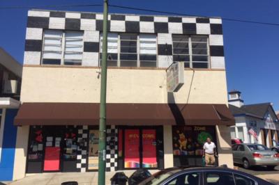 6902 Castor Ave