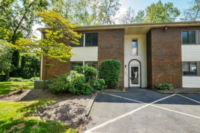 14 Hatters Ct