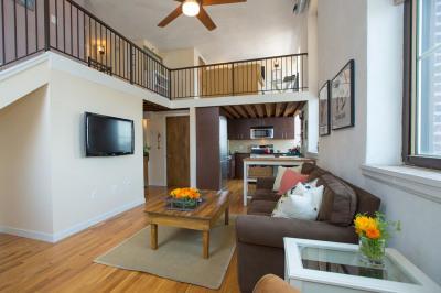 Hawthorne Loft Condominiums