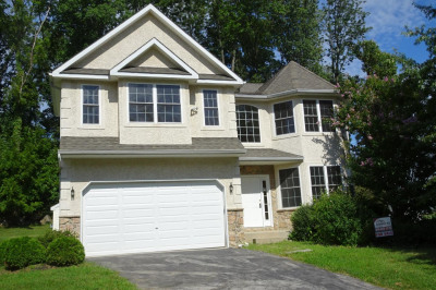 111 Louise Dr