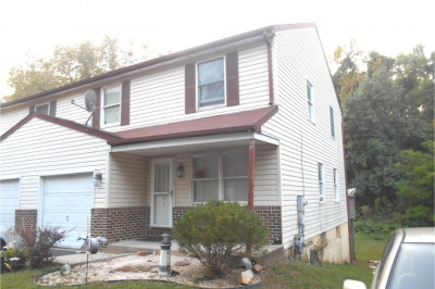 26 Bowling Green Ave #4