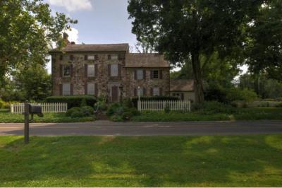 96 Woodhill Rd
