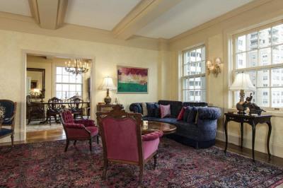 1900 Rittenhouse Sq #10a C
