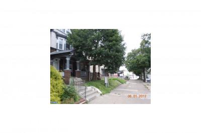 4617 N Broad St #2-2d F