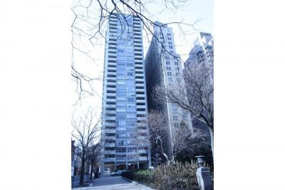 224-30 W Rittenhouse Sq #1716