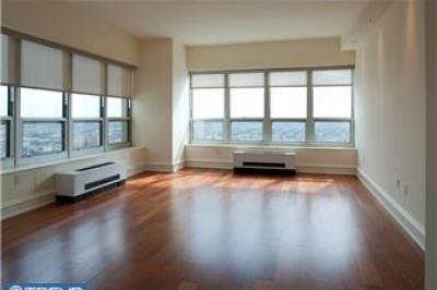 224-30 W Rittenhouse Sq #3201
