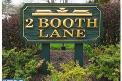 2 Booth Ln #4