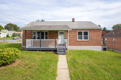 52 S Morwood Ave