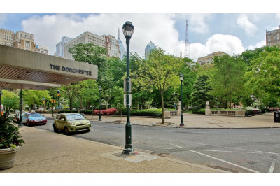 224-30 W Rittenhouse Sq #414