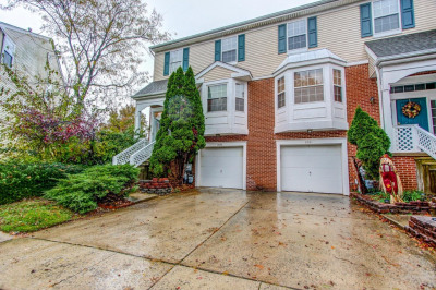 3600 Carriage Ct
