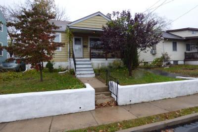 223 Winona Ave