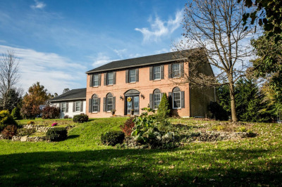 28 Forest View Dr