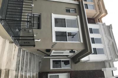 5388 W Montgomery Ave